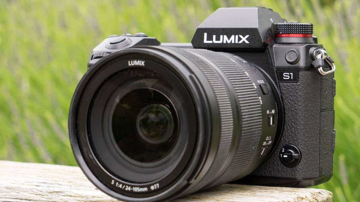 Panasonic S1 – Performance, Build, Specifications, and More