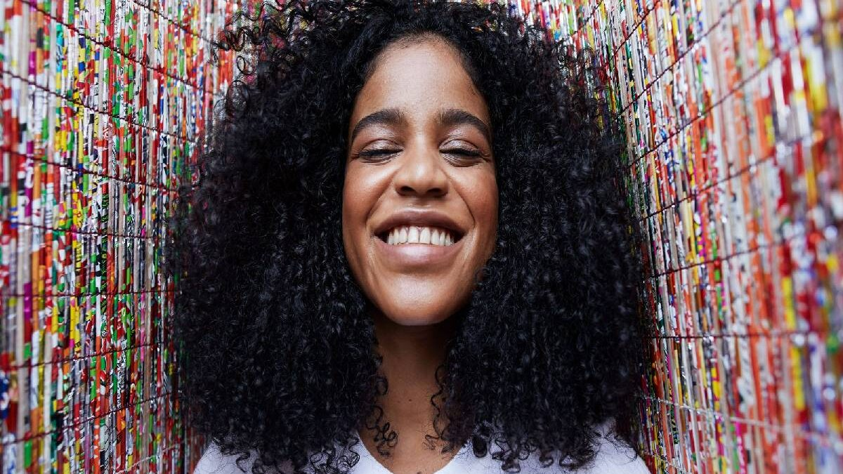Low Porosity Hair – To Evaluate, Visible Signs, and More