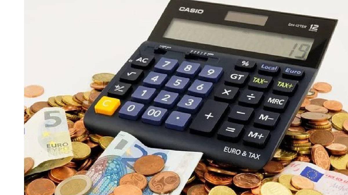 10 Tips for Saving Money in 2021